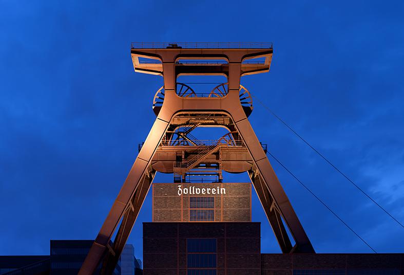 zeche_zollverein_abends